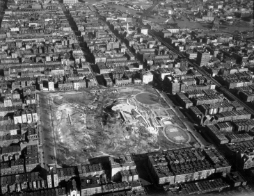 12930_M058_11-23-1937_Air View, Mt Morris Park (now Marcus Garvey Memorial Park)_McLaughlin Air Service (1)