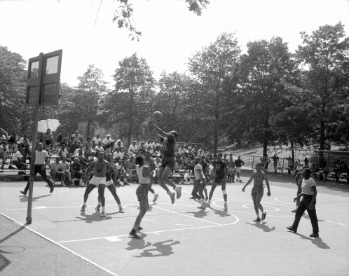 40024_1_M058_07-23-1966_Rucker League Baskerball Game, Marcus Garvey Park_Daniel McPartlin