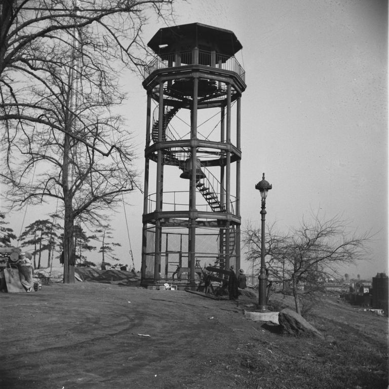 6649_M058_11-22-1935_Mt Morris Park (now Marcus Garvey Memorial Park), Old Fire Watchtower Alarm Bell, View North